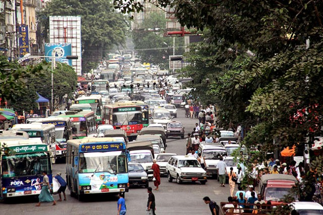 traffic-yangon-1.jpg